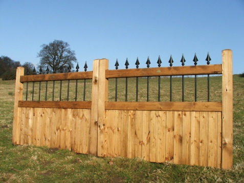 Stag wooden gates Hardwood & Softwood
